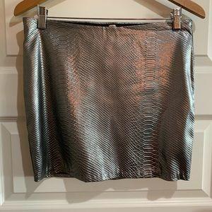 Snake pattern silver mini skirt